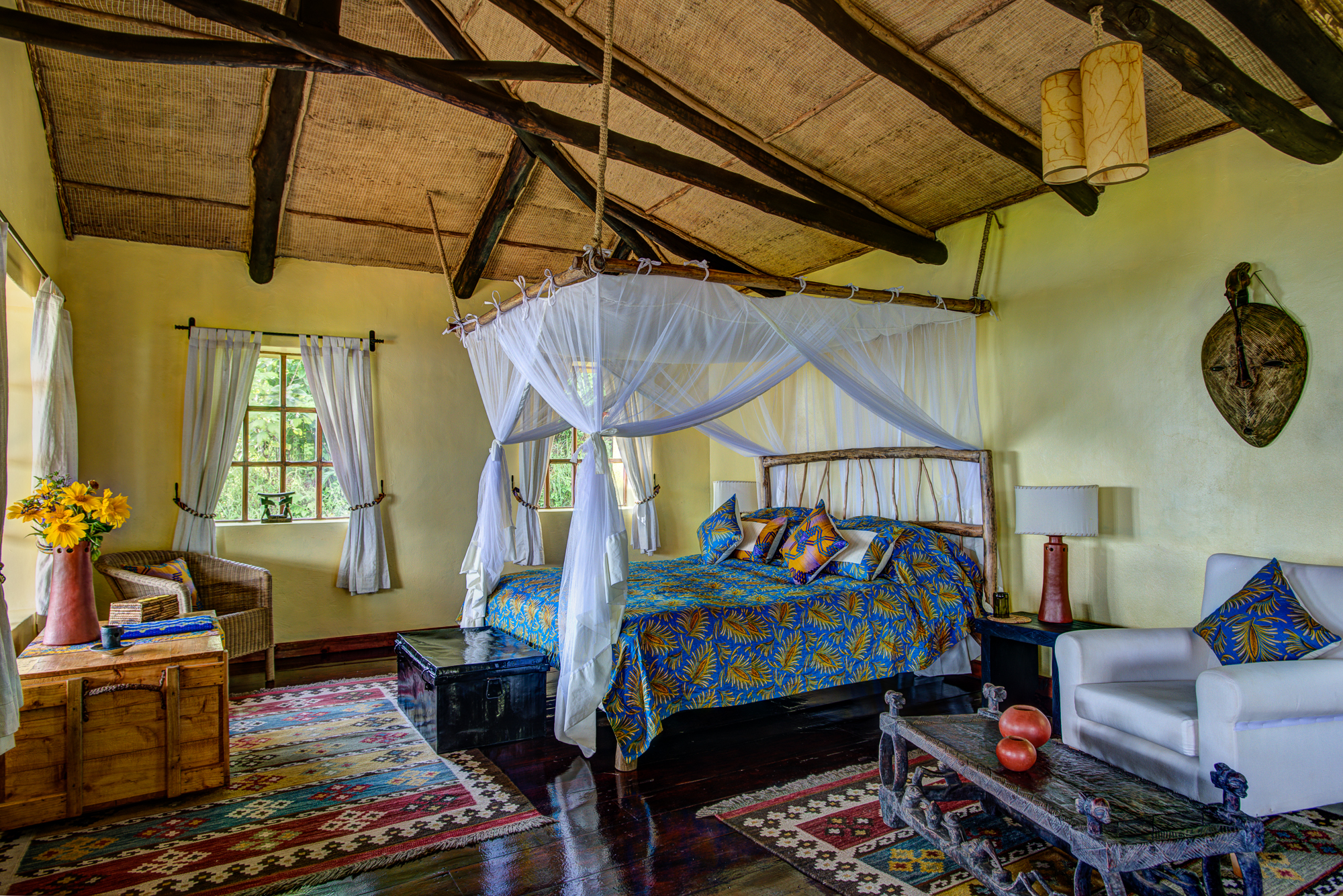 Randazoo-Virunga Lodge-201501