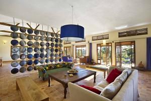 5 Kyambura Living Room