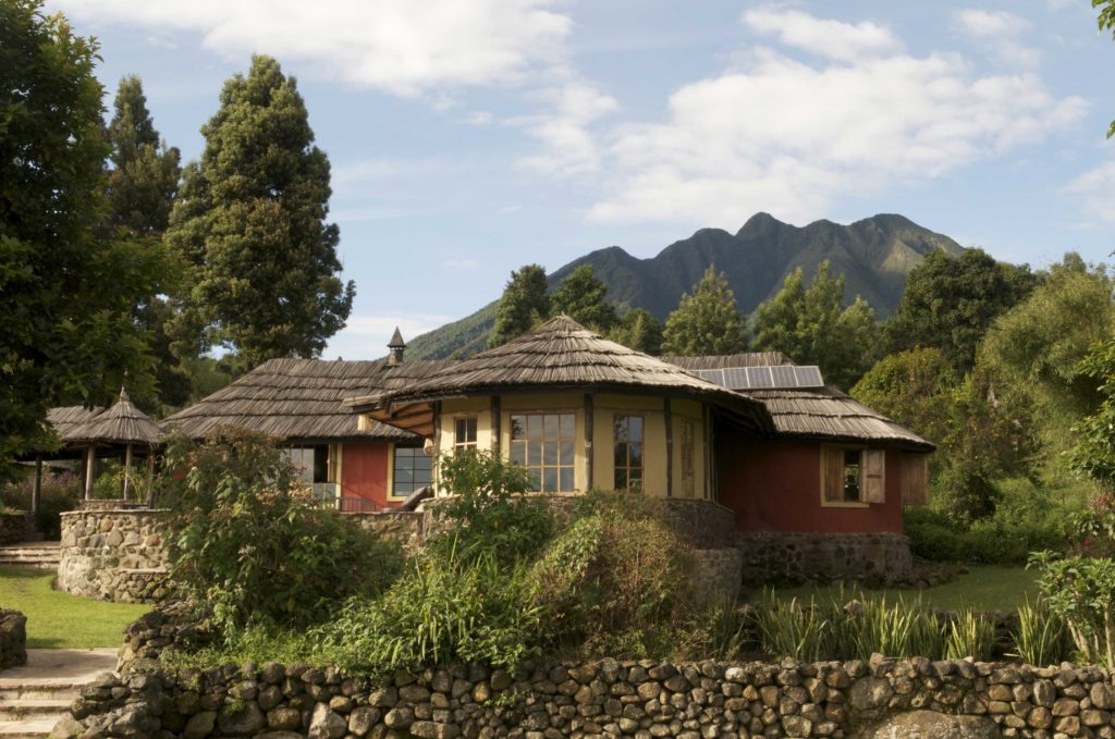 4-gahinga-main-lodge